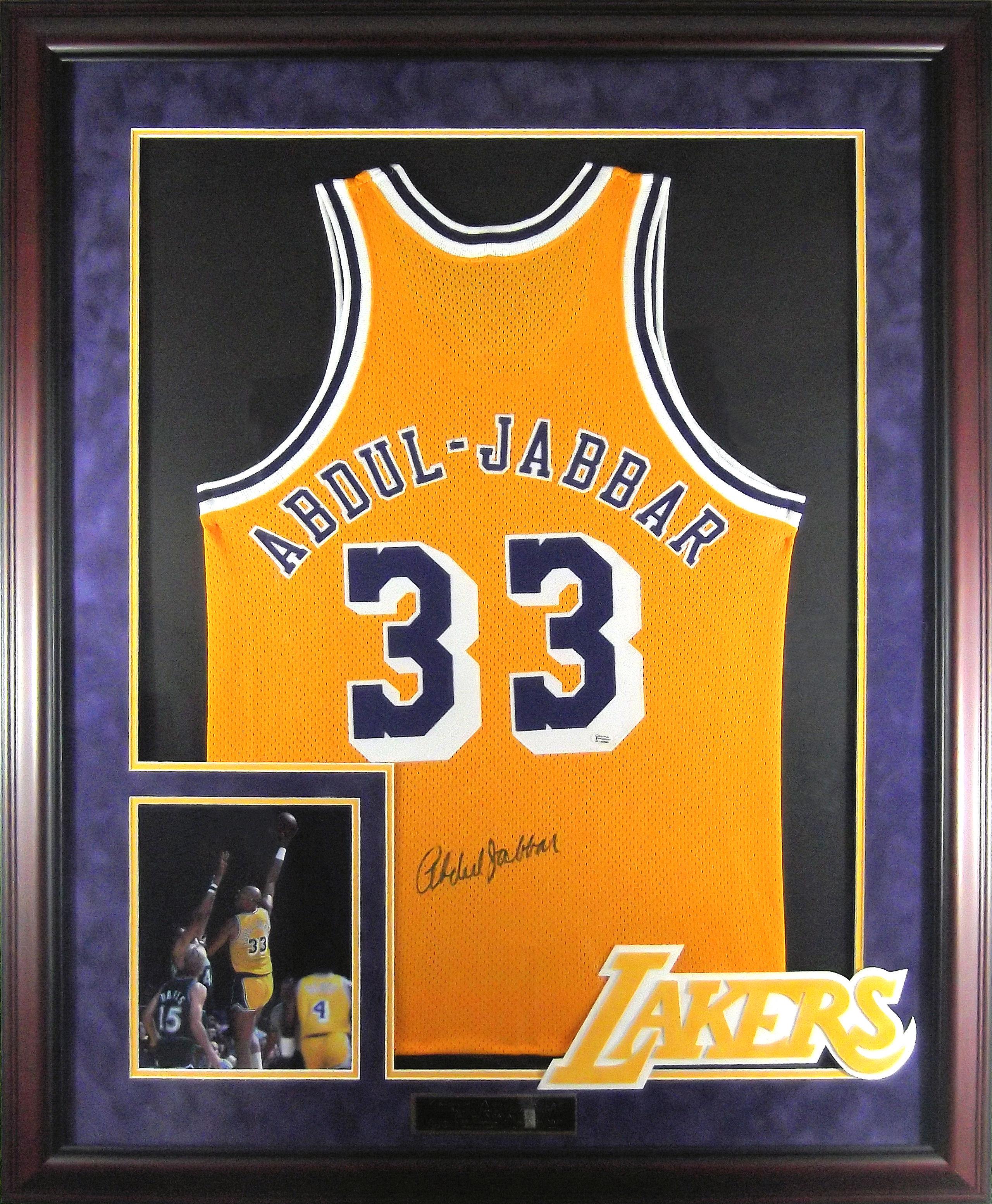 separation shoes 50d3f 96837 Kareem Abdul-Jabbar Autographed Lakers Jersey
